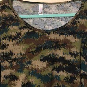 3X LulaRoe Lynnae - Camouflage colors